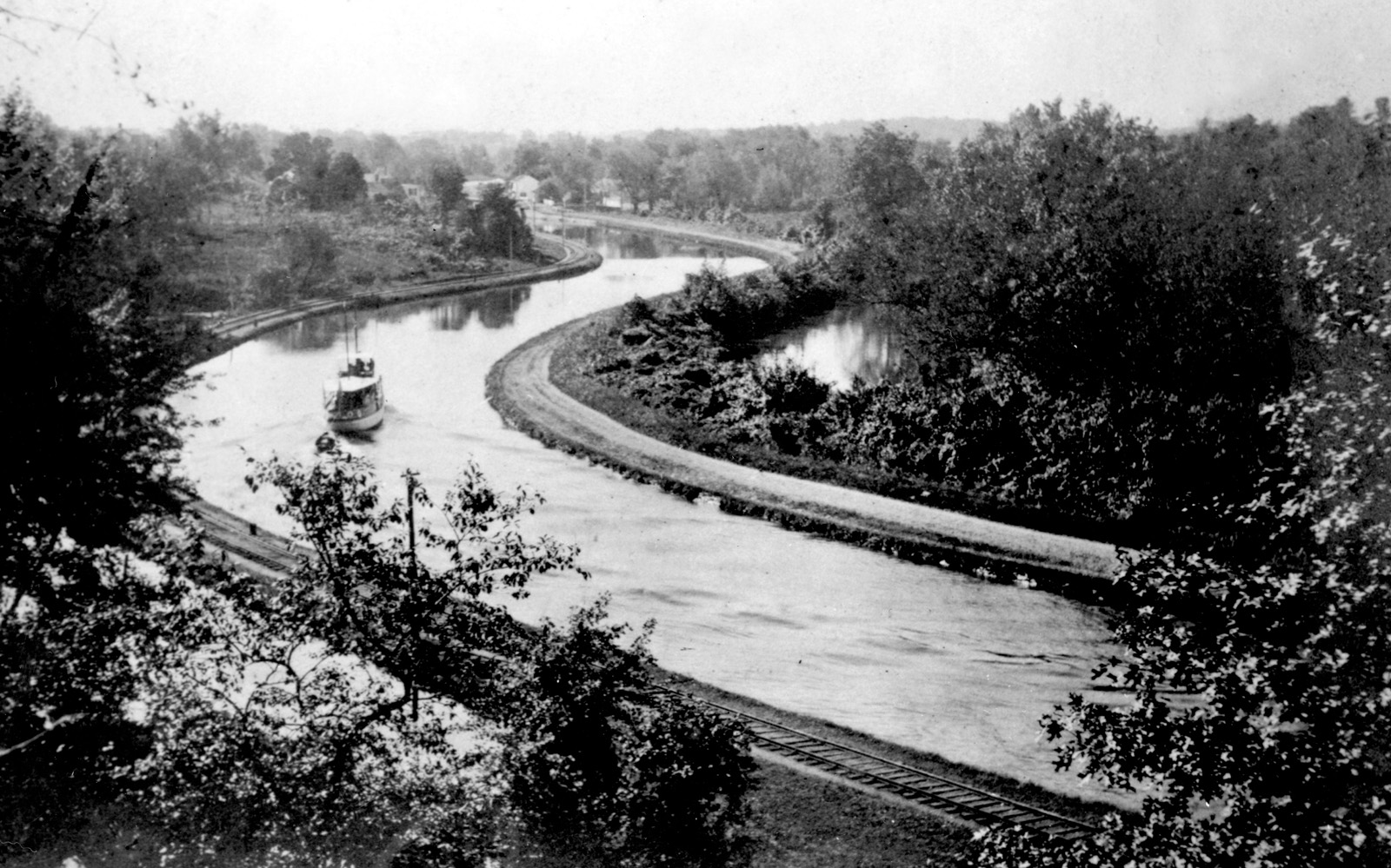 D&R Canal North of Kingston; c.1900